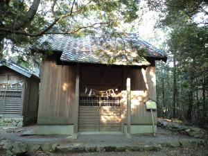 関山神社 奥の宮 本殿