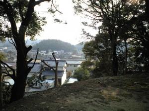 関山神社から南、東海道をのぞむ